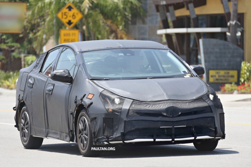 SPIED: 2016 Toyota Prius shows interior for first time! Image #367251