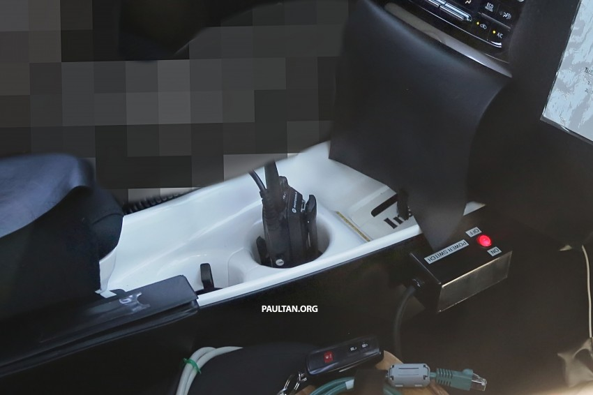 SPIED: 2016 Toyota Prius shows interior for first time! Image #367272