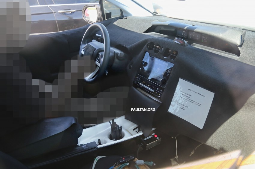 SPIED: 2016 Toyota Prius shows interior for first time! Image #367266