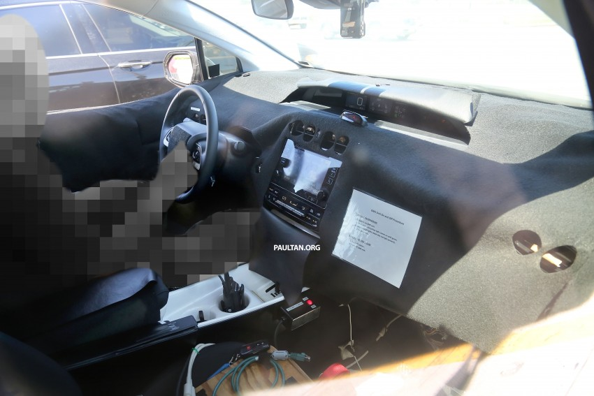 SPIED: 2016 Toyota Prius shows interior for first time! Image #367265