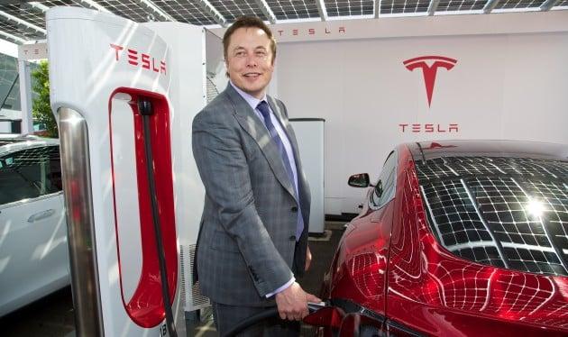 News - Tesla Motors Model S UK Launch