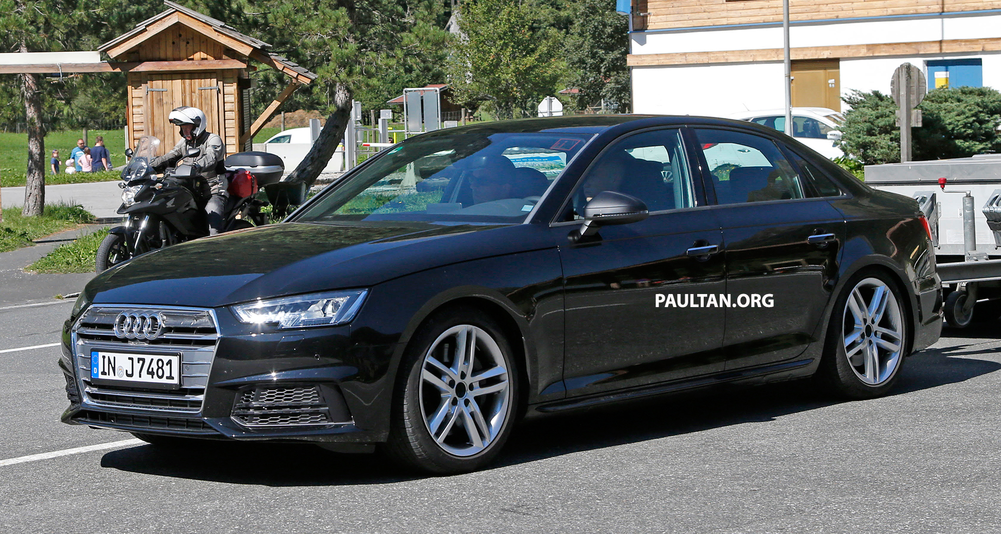 spyshots 2016 b9 audi s4 snapped undisguised image 374457. Black Bedroom Furniture Sets. Home Design Ideas