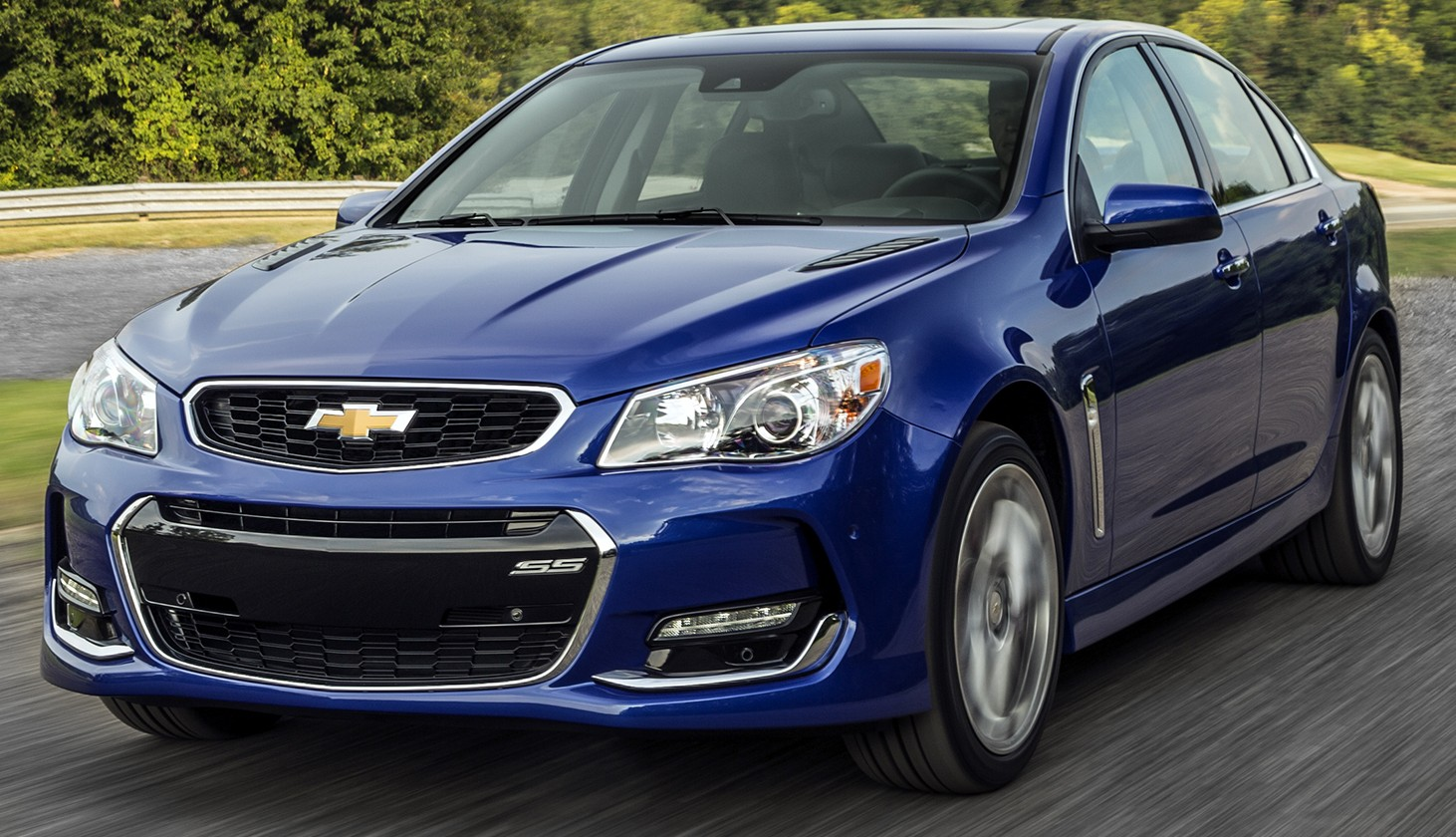 2016 chevrolet ss gets facelift and dual mode exhaust system. Black Bedroom Furniture Sets. Home Design Ideas