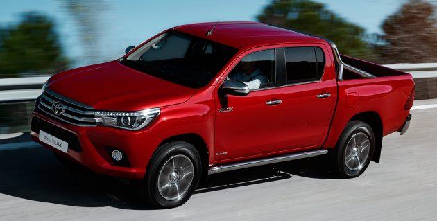 2016-Toyota-Hilux-Geneva-4