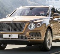 2016-bentley-bentayga-03