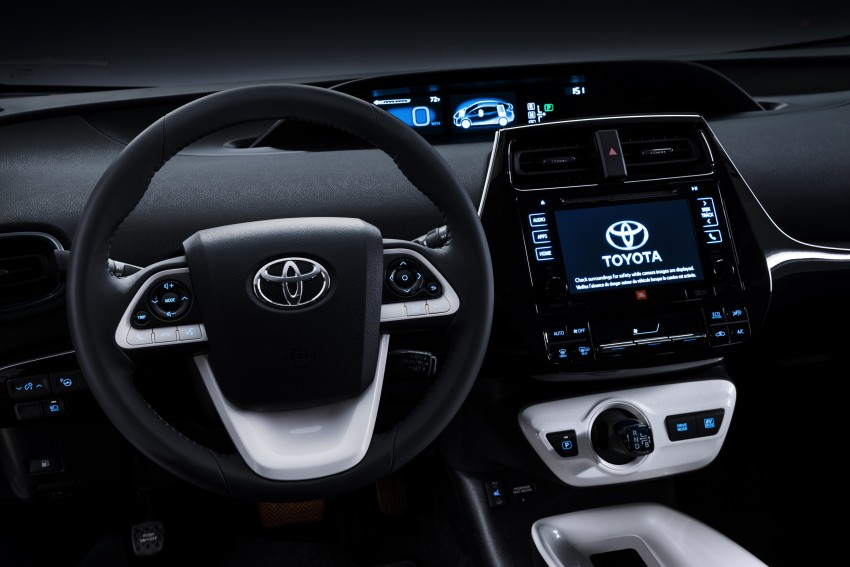 2016 Toyota Prius officially unveiled – 4th-gen hybrid promises improved fuel economy, ride and handling Image #377633
