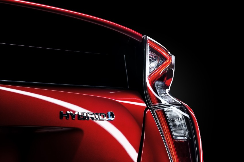 2016 Toyota Prius officially unveiled – 4th-gen hybrid promises improved fuel economy, ride and handling Image #377651