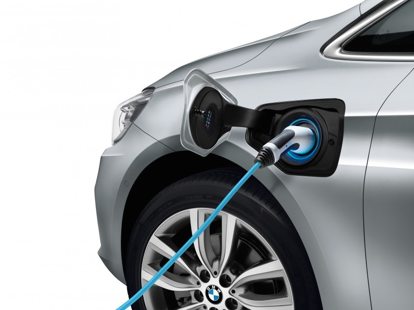 F45 BMW 225xe Active Tourer Plug-in Hybrid debuts Image #374824