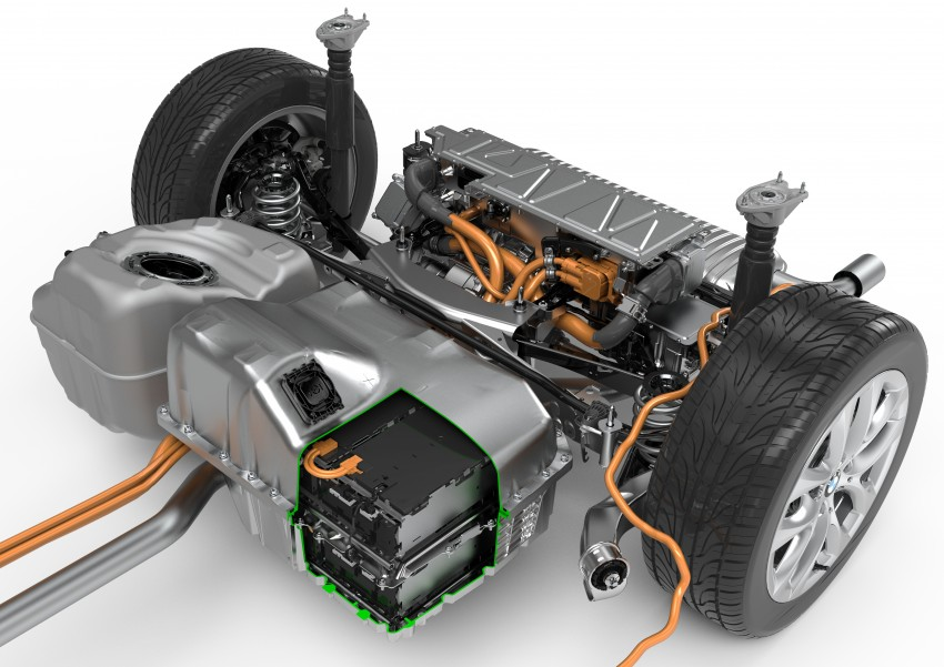 F45 BMW 225xe Active Tourer Plug-in Hybrid debuts Image #374879