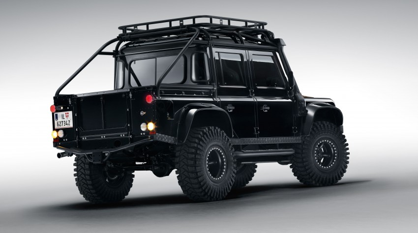 Jaguar Land Rover showcases its trio of Bond cars Image #380833