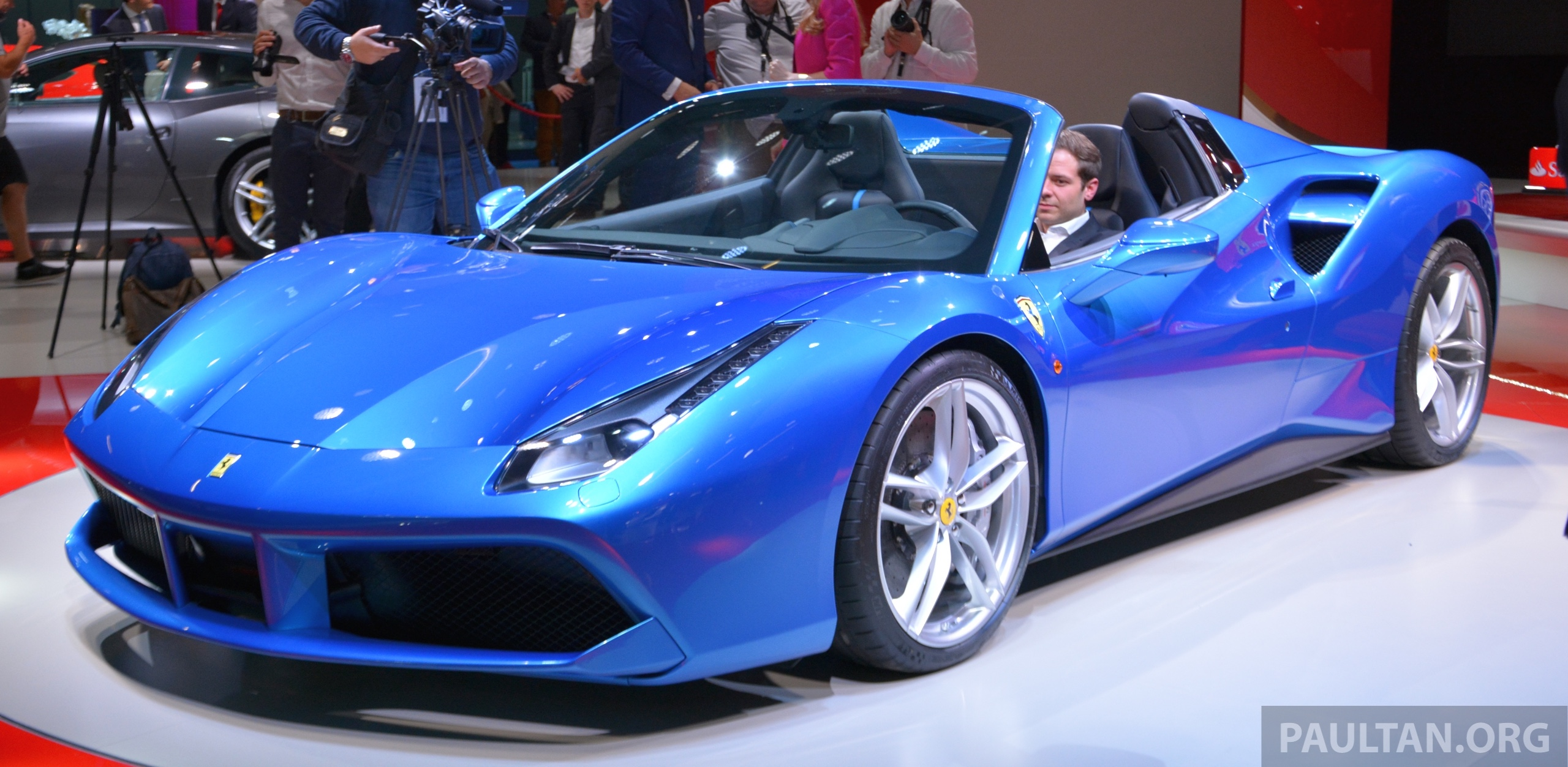 How Much Does It Cost >> Frankfurt 2015: Ferrari 488 Spider makes public debut Paul Tan - Image 381449