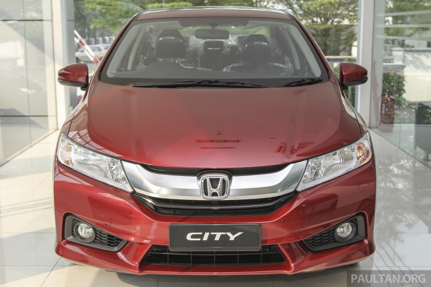 GALLERY: Honda City 1.5 V in Dark Ruby Red Pearl Image #375305