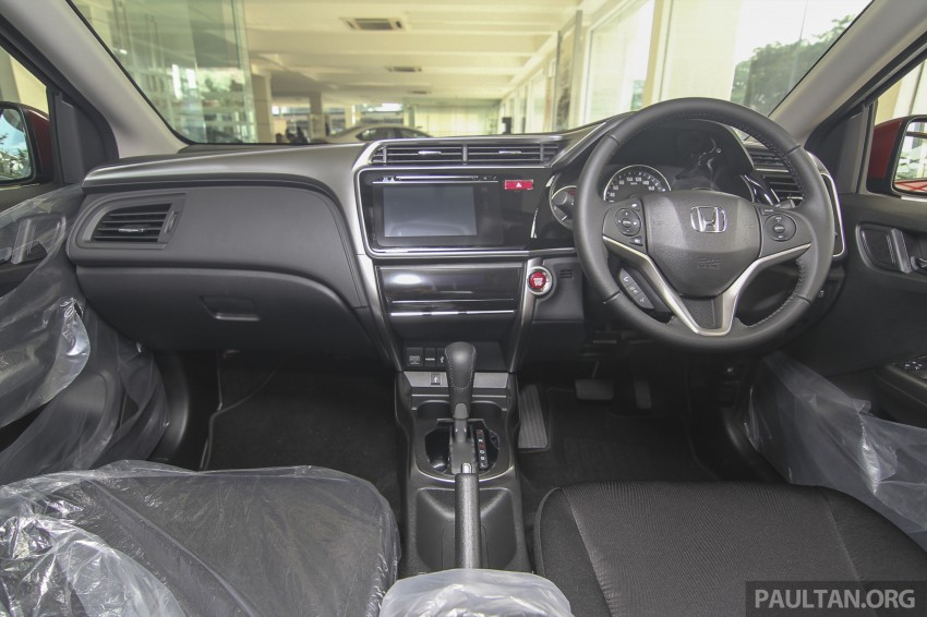 GALLERY: Honda City 1.5 V in Dark Ruby Red Pearl Image #375319