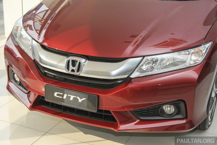 GALLERY: Honda City 1.5 V in Dark Ruby Red Pearl Image #375307