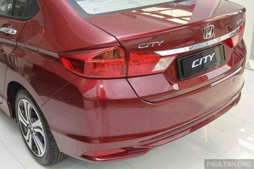 GALLERY: Honda City 1.5 V in Dark Ruby Red Pearl Image #375310