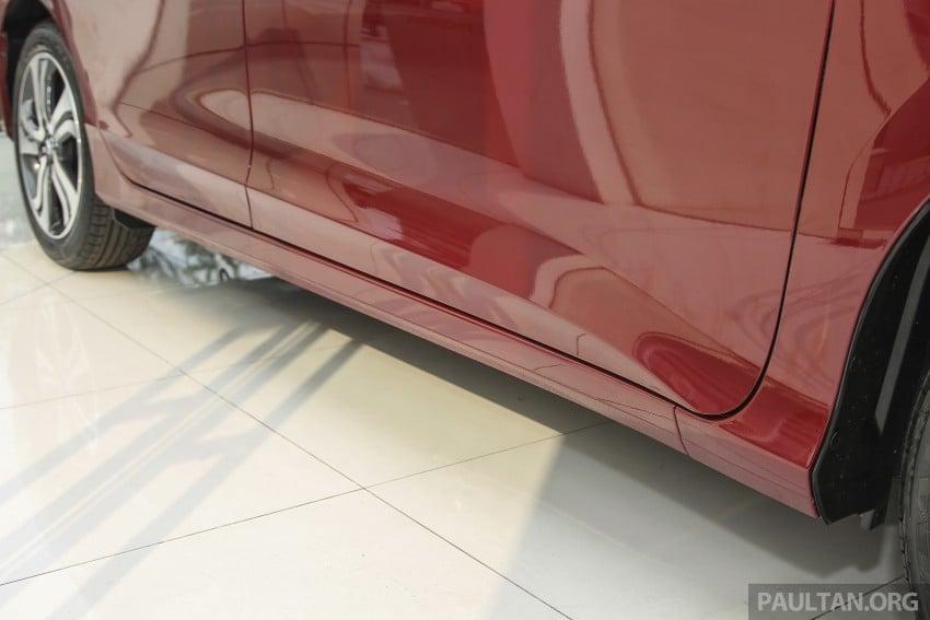 GALLERY: Honda City 1.5 V in Dark Ruby Red Pearl Image #375312