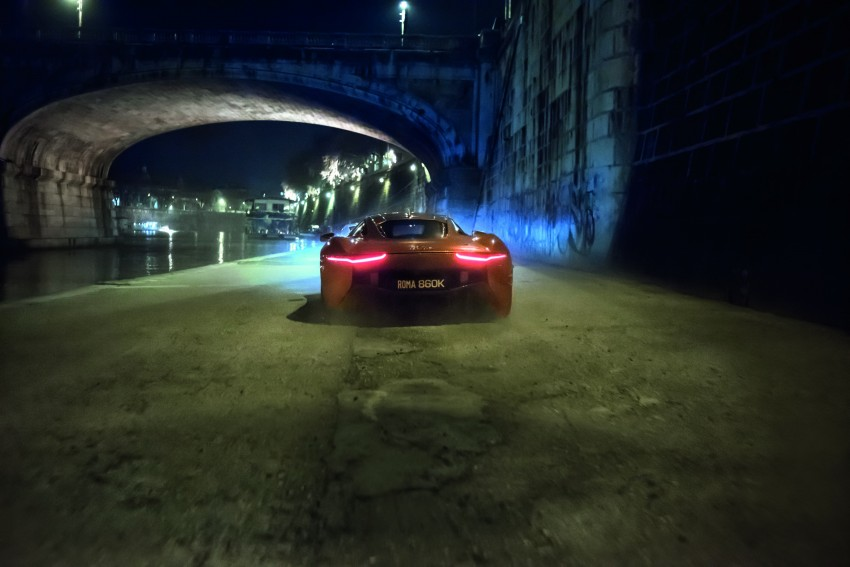 Jaguar Land Rover showcases its trio of Bond cars Image #380852