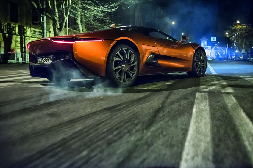 Jaguar Land Rover showcases its trio of Bond cars Image #380856