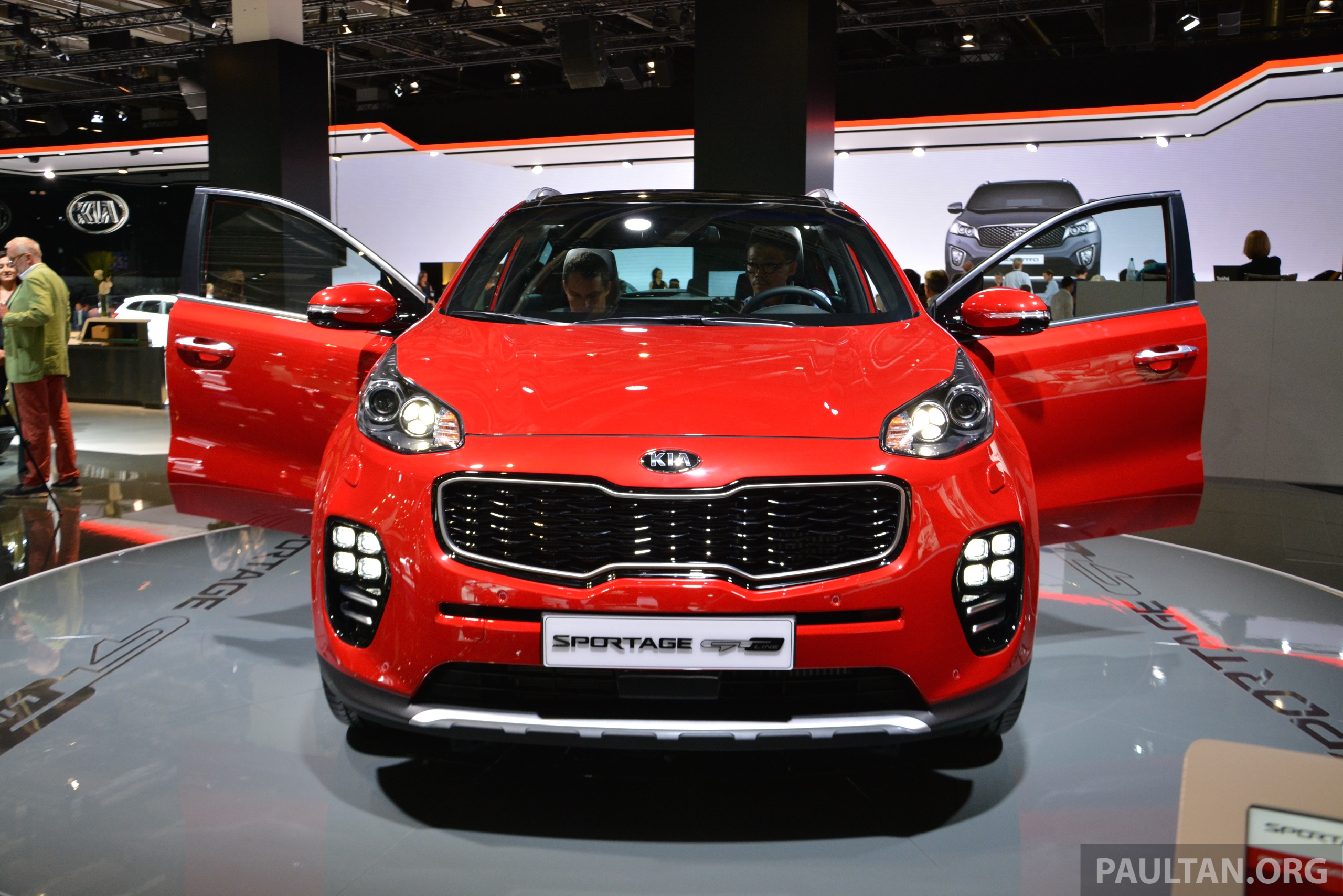 frankfurt 2015 2016 kia sportage unveiled in the flesh image 380321. Black Bedroom Furniture Sets. Home Design Ideas