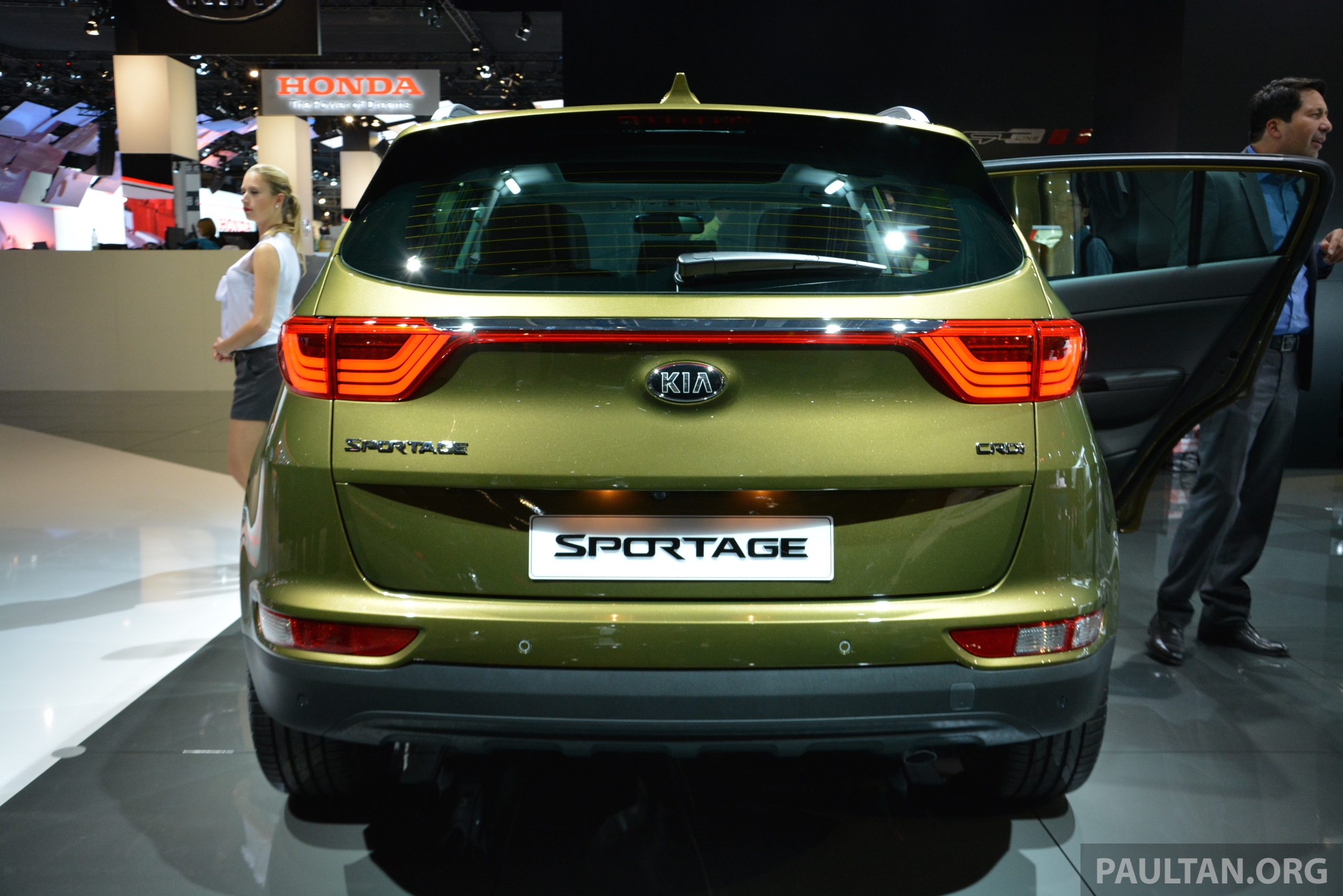frankfurt 2015 2016 kia sportage unveiled in the flesh image 380325. Black Bedroom Furniture Sets. Home Design Ideas