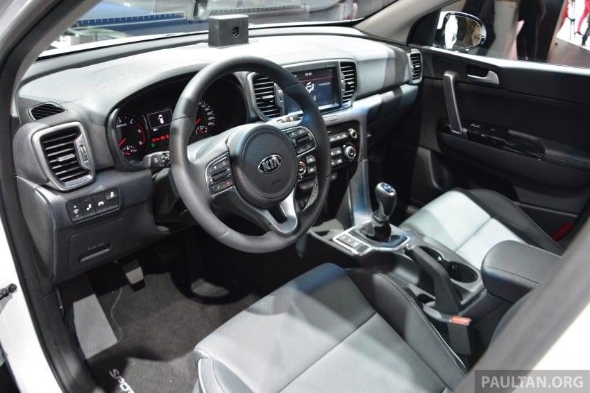 Frankfurt 2015: 2016 Kia Sportage unveiled in the flesh Image #380328