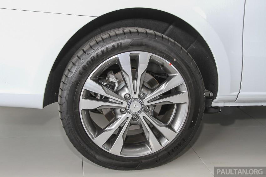 Mercedes-Benz V-Class now here – V 220 d, fr RM435k Image #376927