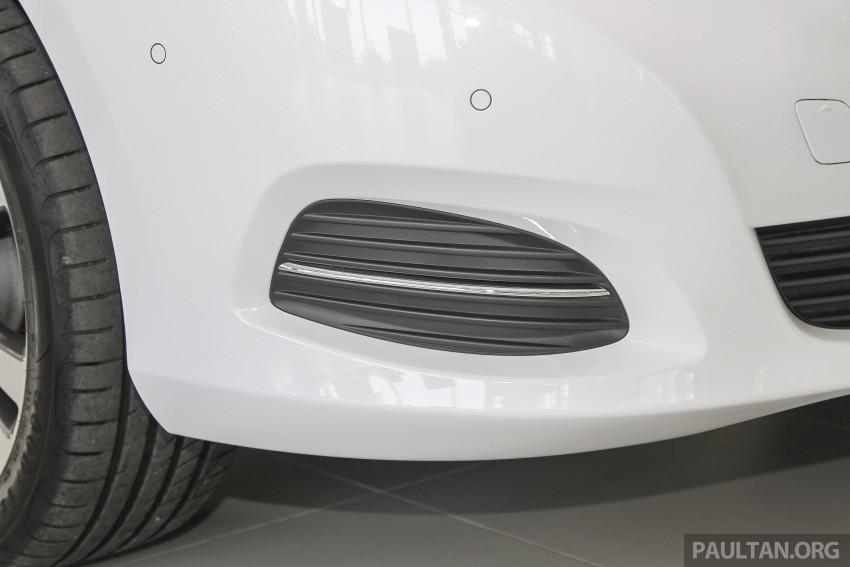 Mercedes-Benz V-Class now here – V 220 d, fr RM435k Image #376913