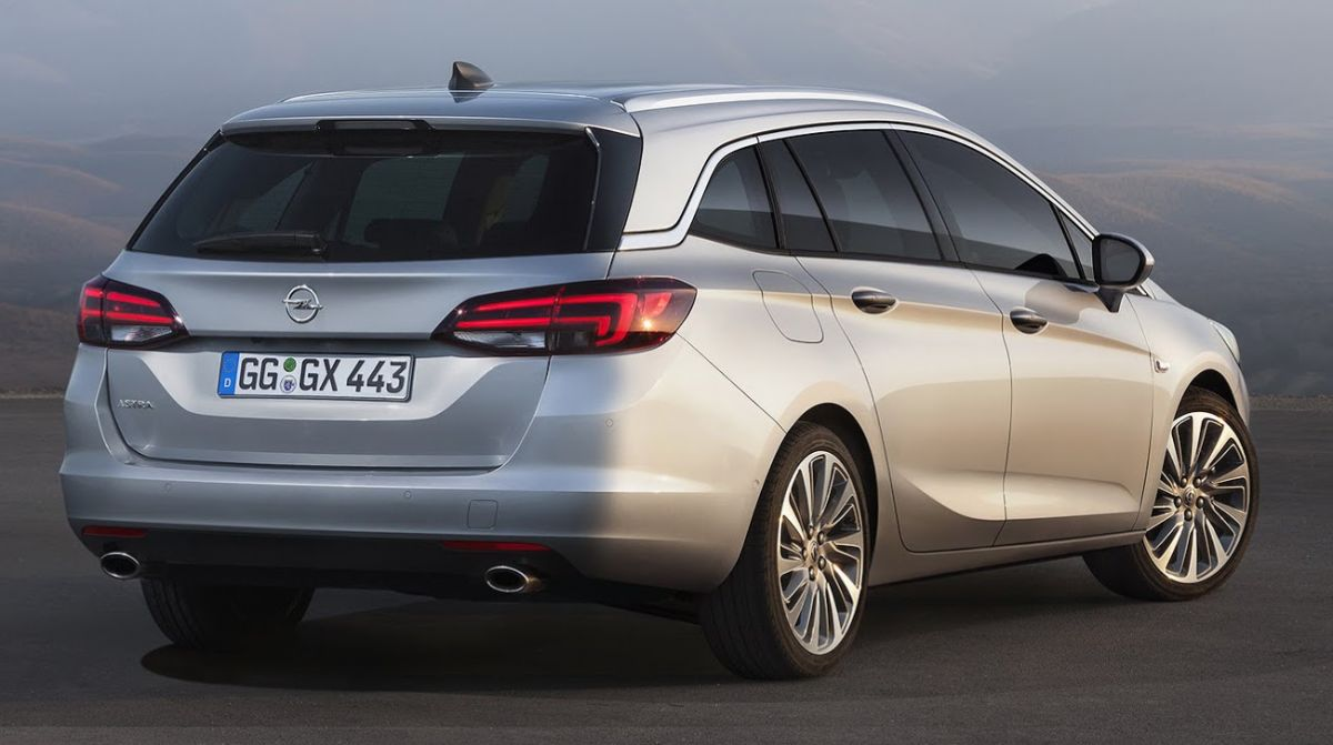 2016 Opel Vauxhall Astra Sports Tourer Revealed Small Cars