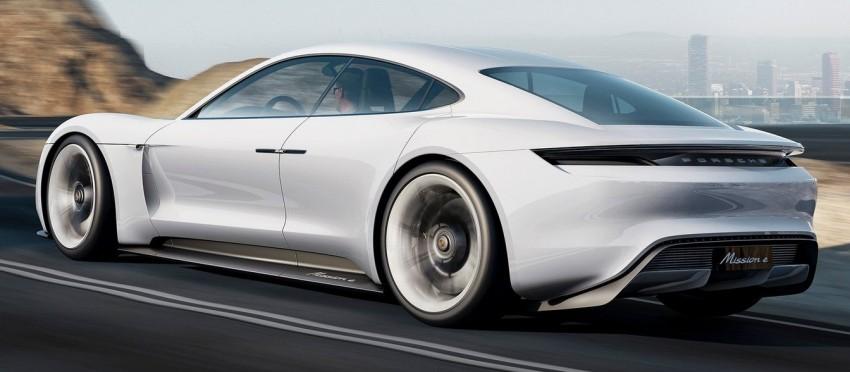 Frankfurt 2015: Porsche Mission E Concept revealed Image #379051