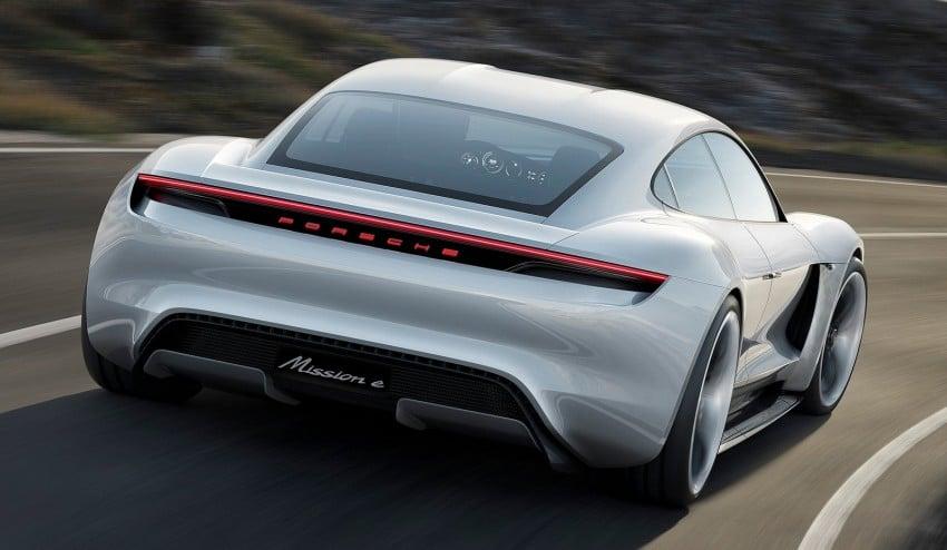 Frankfurt 2015: Porsche Mission E Concept revealed Image #379053