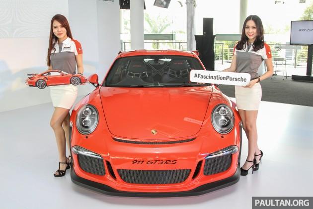 porsche 911 gt3 rs in malaysia for million motorshout. Black Bedroom Furniture Sets. Home Design Ideas