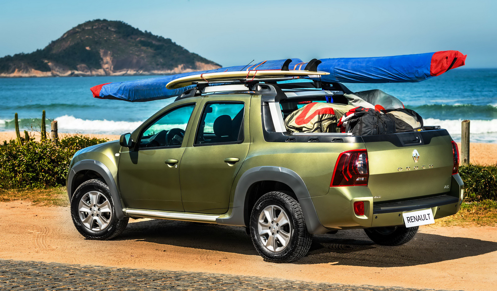 Renault Duster Oroch pick-up truck launched in Brazil ...