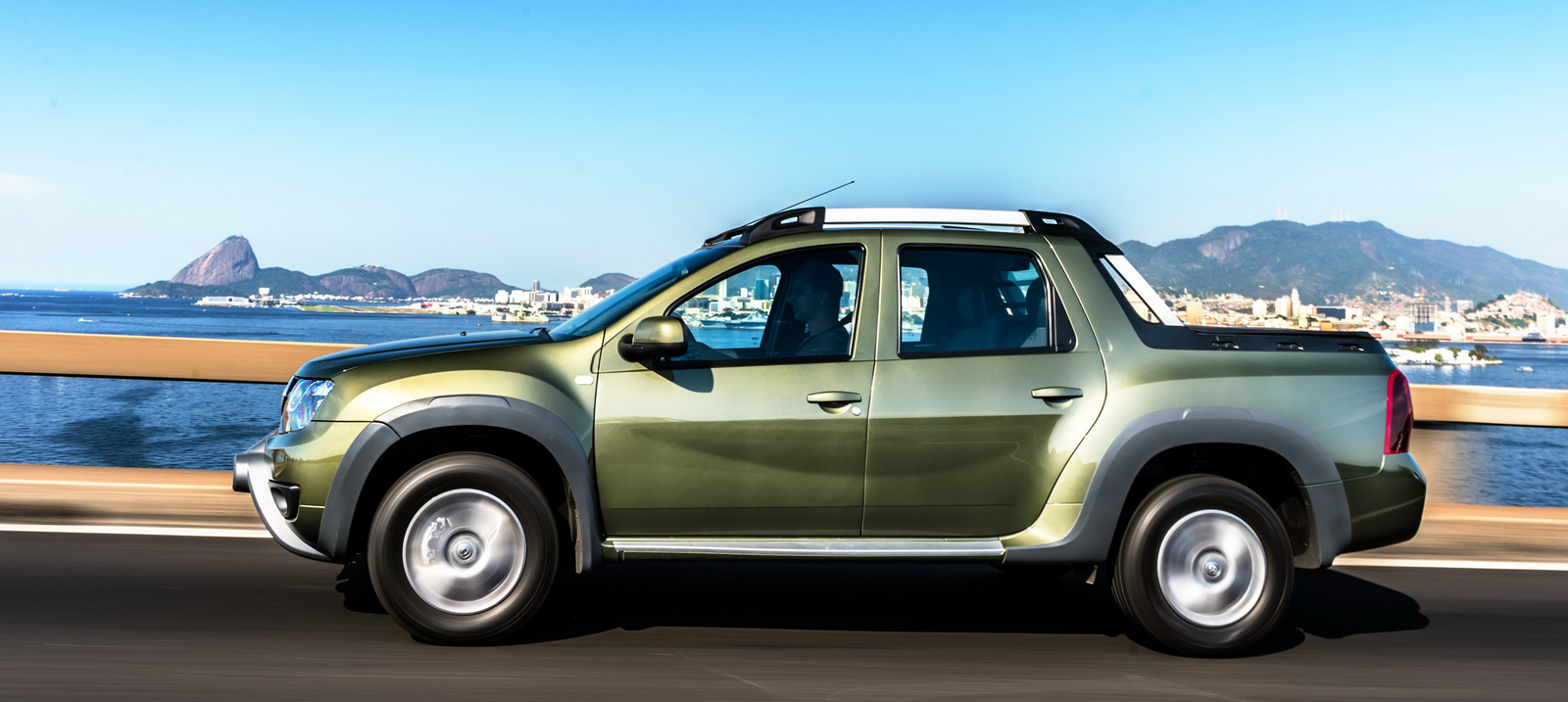 Renault Duster Oroch pick-up truck launched in Brazil Paul ...