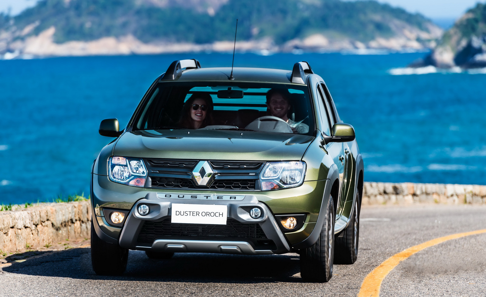 renault duster oroch pick up truck launched in brazil image 385540. Black Bedroom Furniture Sets. Home Design Ideas