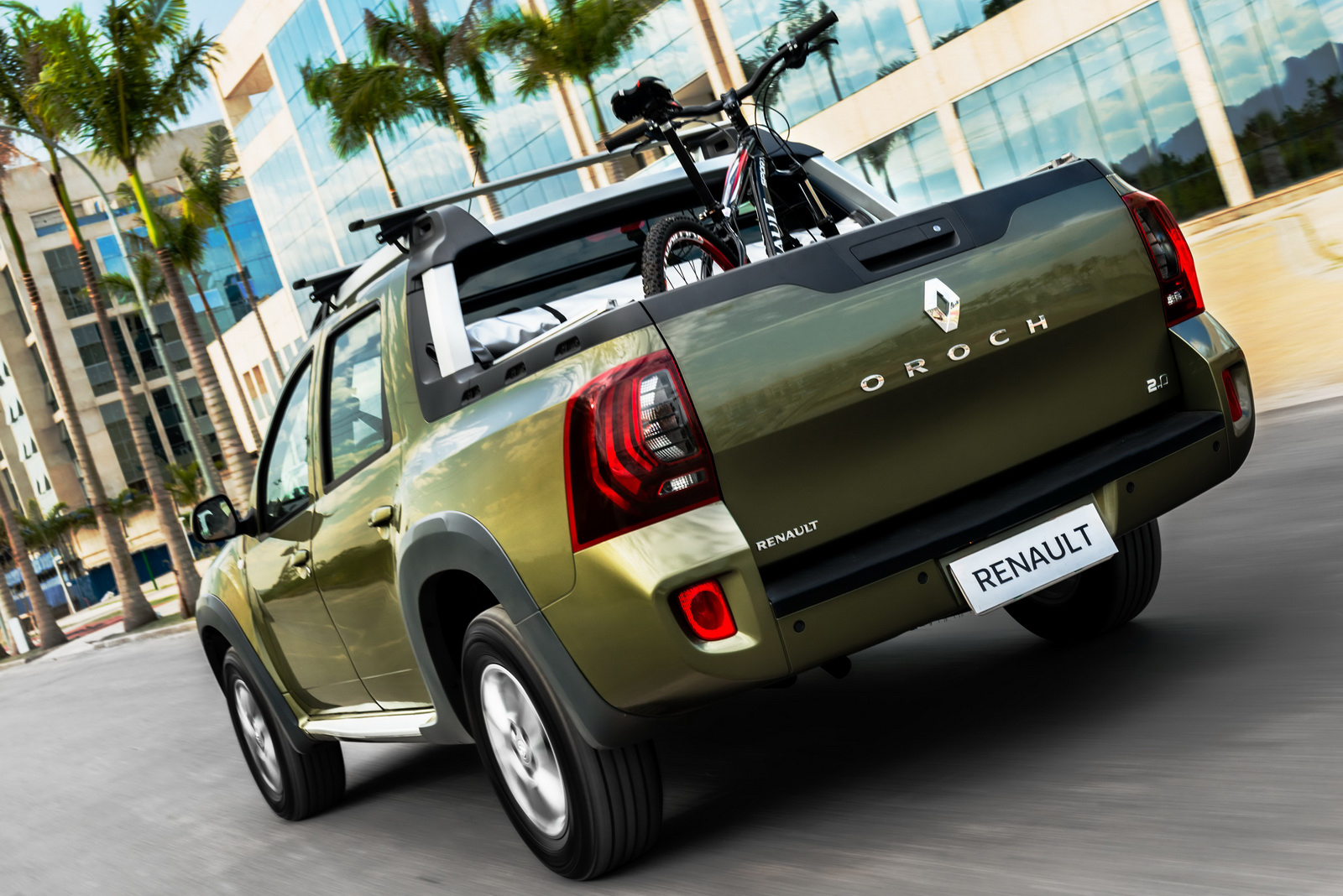 renault duster oroch pick up truck launched in brazil image 385542. Black Bedroom Furniture Sets. Home Design Ideas