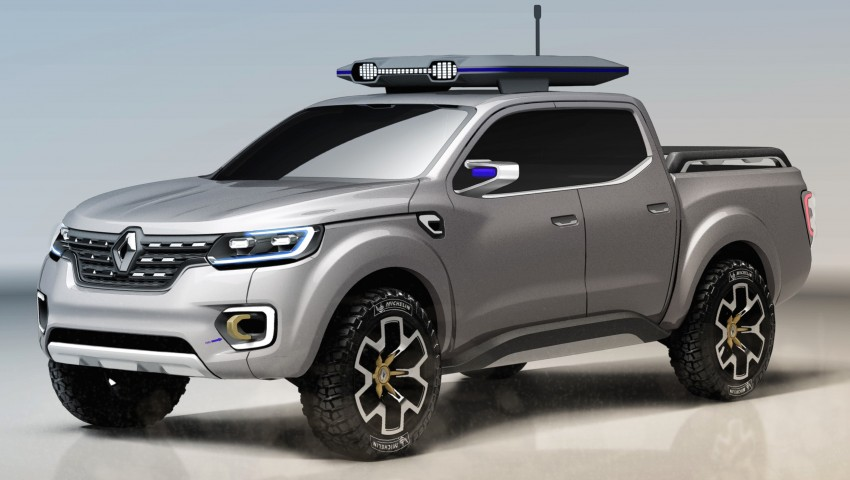Renault Alaskan pick-up truck concept unveiled; Frankfurt debut – it's a French Nissan NP300 Navara! Image #375395