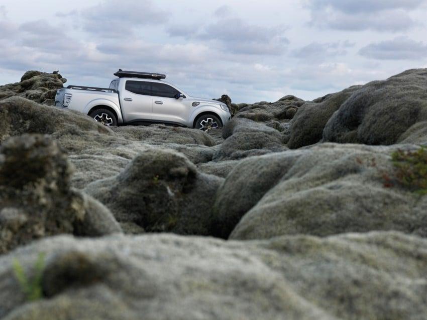 Renault Alaskan pick-up truck concept unveiled; Frankfurt debut – it's a French Nissan NP300 Navara! Image #375409