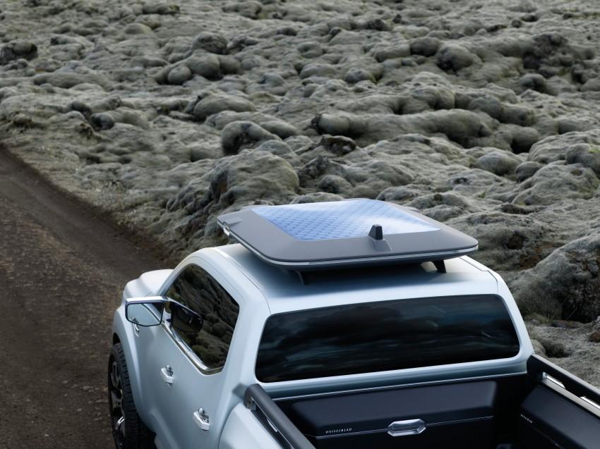 Renault Alaskan pick-up truck concept unveiled; Frankfurt debut – it's a French Nissan NP300 Navara! Image #375411
