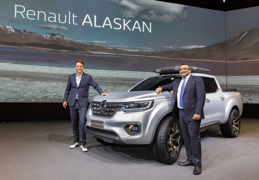Renault Alaskan pick-up truck concept unveiled; Frankfurt debut – it's a French Nissan NP300 Navara! Image #375422