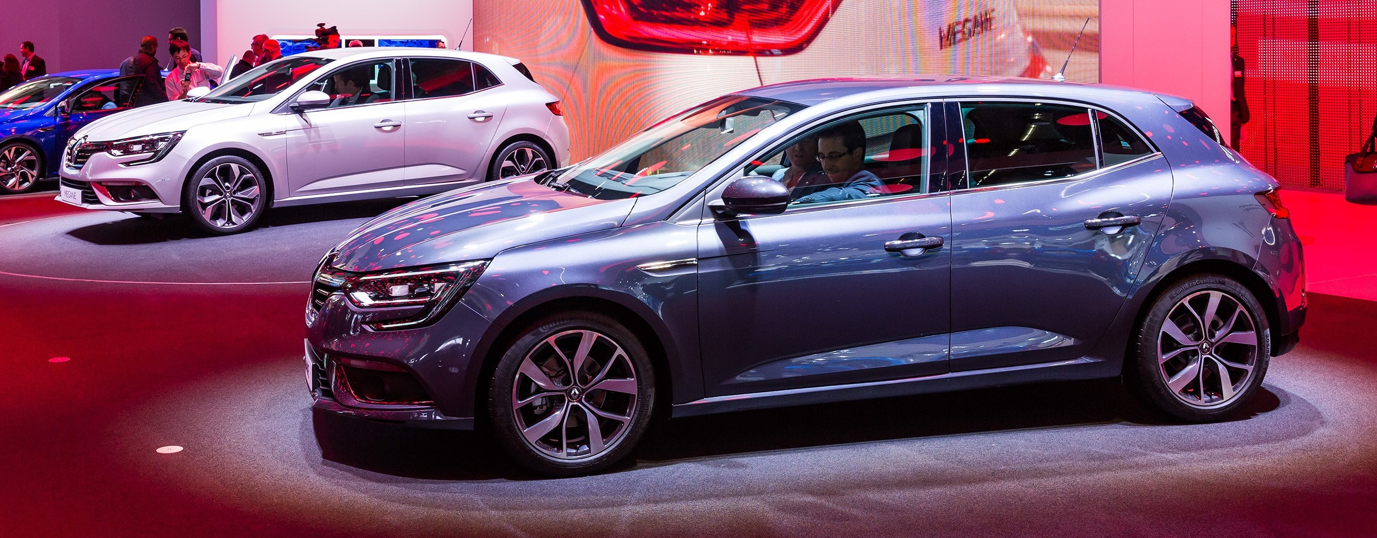 renault megane iv debuts at frankfurt 2015 show. Black Bedroom Furniture Sets. Home Design Ideas