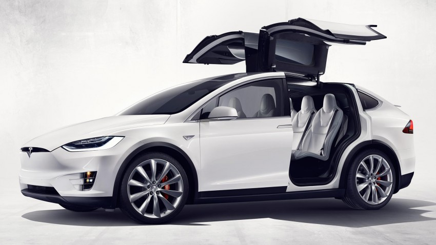 Tesla Model X finally debuts – three-row SUV detailed Image #385582