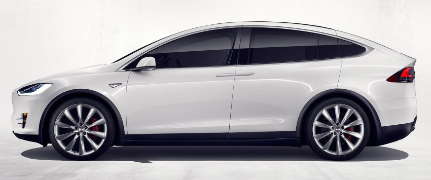 Tesla Model X finally debuts – three-row SUV detailed Image #385581