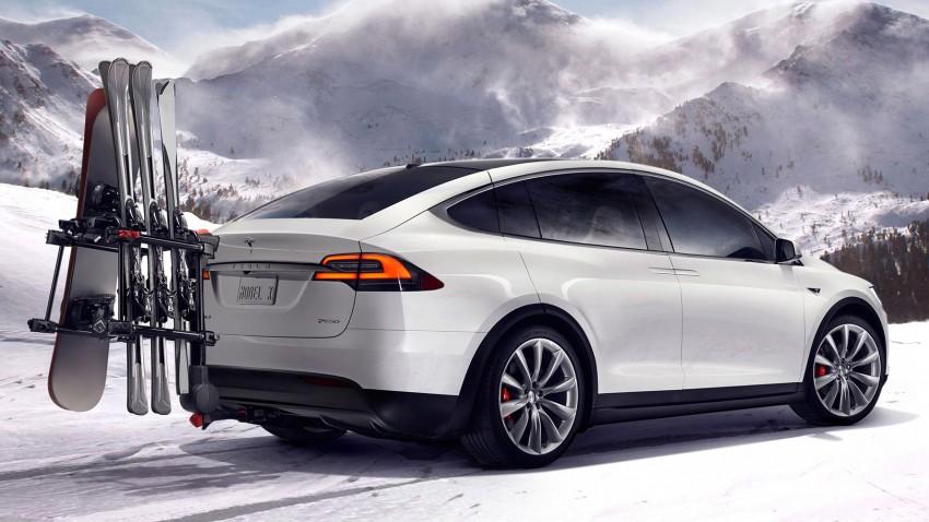 Tesla Model X finally debuts – three-row SUV detailed Image #385579