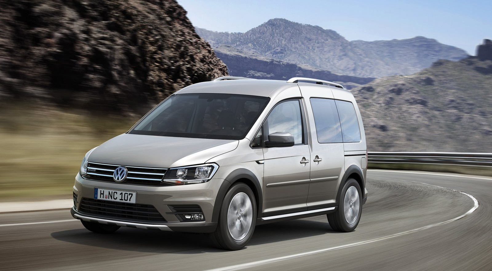 volkswagen caddy alltrack 4motion with 4x4 looks image 378724. Black Bedroom Furniture Sets. Home Design Ideas