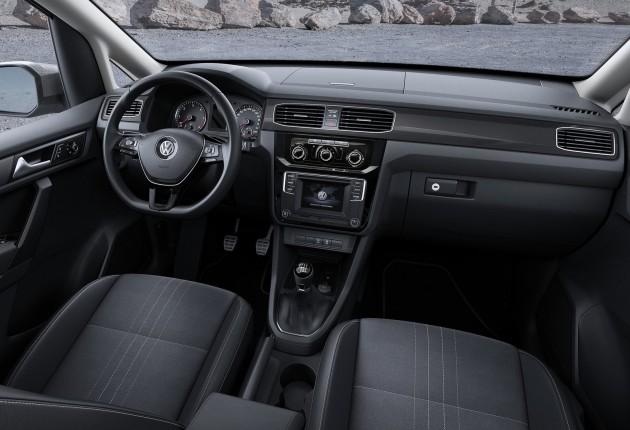 VW Caddy Alltrack-10
