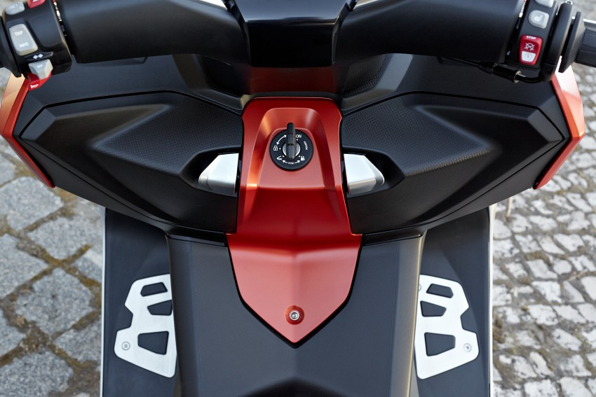BMW C 650 Sport, C 650 GT maxi scooters revealed Image #382052