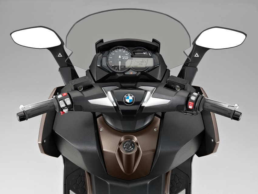 BMW C 650 Sport, C 650 GT maxi scooters revealed Image #382062