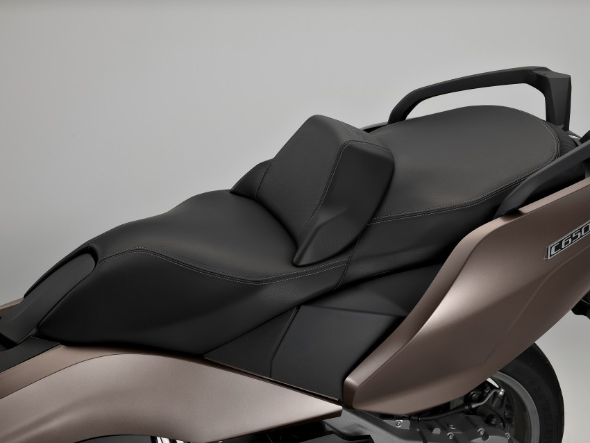 BMW C 650 Sport, C 650 GT maxi scooters revealed Image #382066