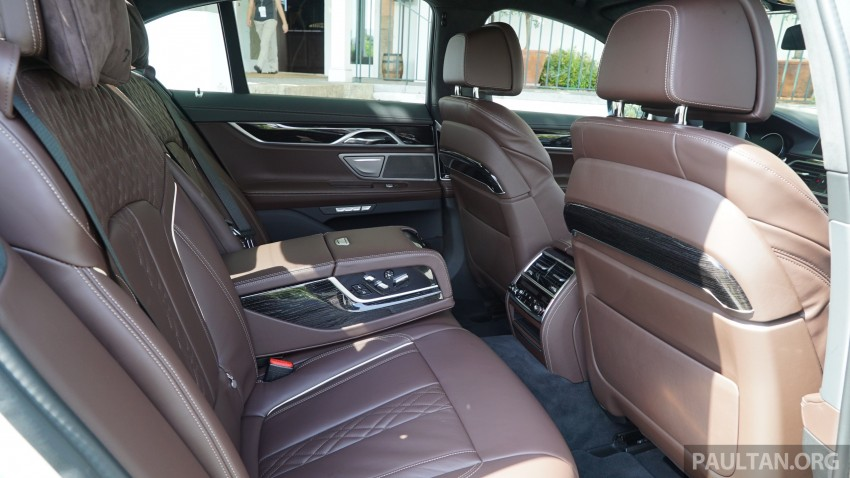 MEGA GALLERY: G11 BMW 7 Series in detail Image #375640