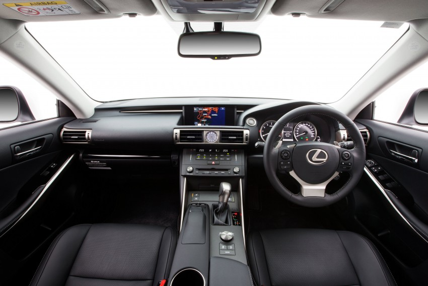 Lexus IS 200t specs listed on Lexus Malaysia's site Image #383040